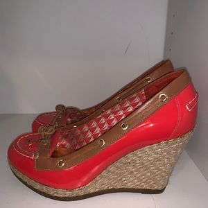 Sperry gold cup wedges